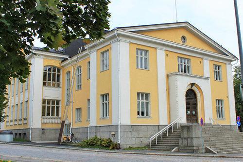 Hämeenlinnan Osuusmeijeri käyttää Joutsenmerkittyjä pesuaineita